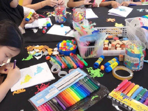 kids craft station
